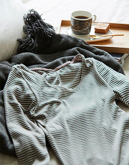 【吸湿発熱】ナナシャツ あったかふわふわボーダー